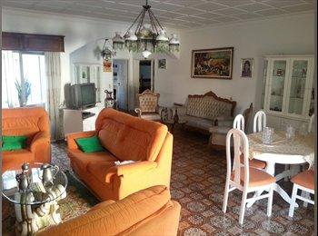 EasyQuarto PT - Aluga-se quarto no çentro de Portimao - Portimão, Faro - 190 € Por mês