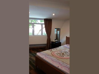 EasyRoommate SG - Various rooms for rent  - Orchard, Singapore - $750 pcm