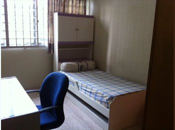 EasyRoommate SG - Common room at 84b lorong 2 toa payoh NEAR MRT - Toa Payoh, Singapore - $900 pcm