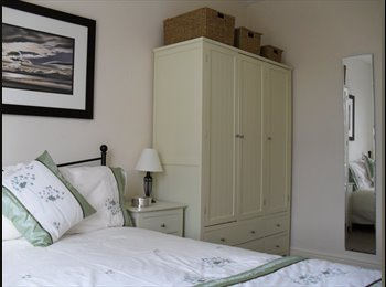 EasyRoommate UK - Double Room Available 1st June all female house - Lincoln, Lincoln - £370 pcm