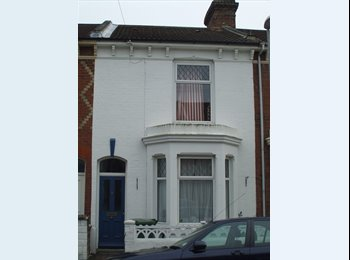 EasyRoommate UK - Rooms available, £345 a month, bills inc. Southsea - Southsea, Portsmouth - £345 pcm