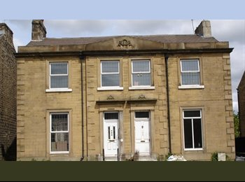 EasyRoommate UK - Rooms to let in shared house. All bills included - Huddersfield, Kirklees - £200 pcm