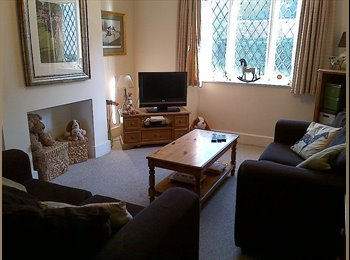 EasyRoommate UK - Single Room within Cosy Cottage Style House - Shottery, Stratford-upon-Avon - £350 pcm