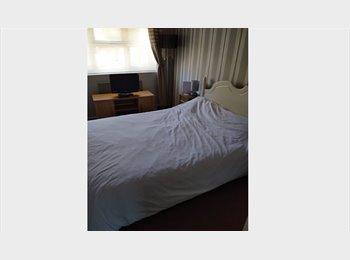 EasyRoommate UK - double room - Shephall, Stevenage - £325 pcm