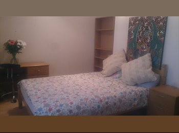 EasyRoommate UK - Double room in Kingston hill, Kingston upon Thames - Kingston upon Thames, London - £550 pcm