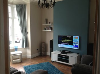 Single En suite for rent in Large Terraced House