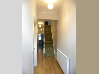 EasyRoommate UK - VERY COMFORTABLE AND COSY HOME - Wavertree, Liverpool - £390 pcm