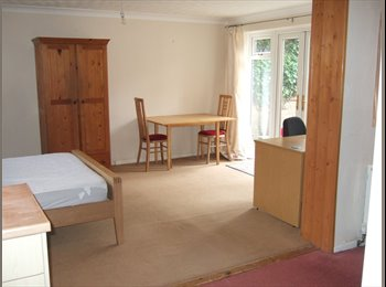 BRIGHT LARGE ROOM IN SHARED HOUSE BRIGHTON HILL