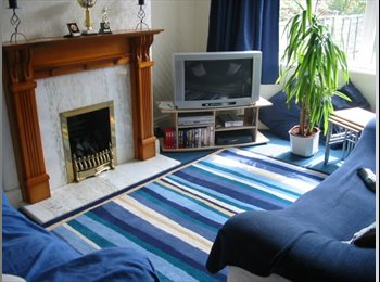 EasyRoommate UK - Double room / House-share - Heaton Moor, Stockport - £380 pcm