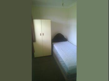 Double en-suite room Swindon SN3 3TE - Eldene