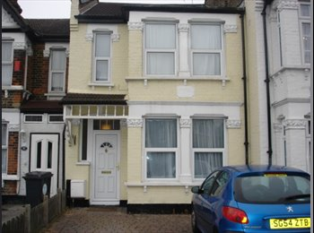 Double room to Let in East London