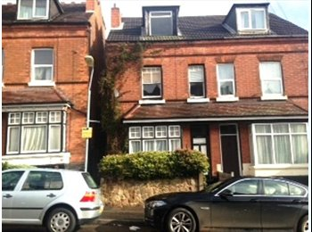 House Share-Double Rooms Available