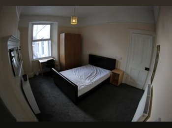 EasyRoommate UK - Close to Uni - Mutley, Plymouth - £347 pcm