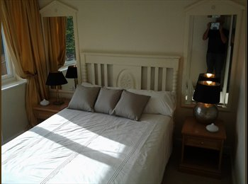 EasyRoommate UK - DOUBLE BEDROOM - Thelwall, Warrington - £400 pcm