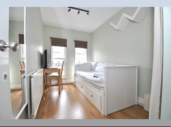 EasyRoommate UK - URGENT Single Room Elephant&Castle £700pm BILLSinc - Lambeth, London - £704 pcm