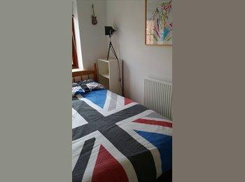 EasyRoommate UK - double room - Basingstoke, Basingstoke and Deane - £450 pcm