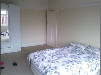 EasyRoommate UK - House share Town Centre - Blackpool, Blackpool - £300 pcm