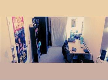 EasyRoommate UK - Double Room Available For Rent (Exc. Bills-) - Staines, North Surrey - £540 pcm