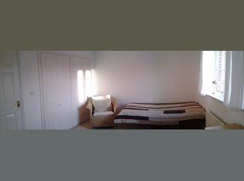 Master bedroom with En-suite/ Oakley Vale in Corby