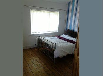 EasyRoommate UK - beautiful home - Ely, Cardiff - £325 pcm