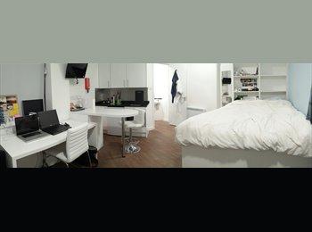 EasyRoommate UK - STUDIO ROOM with Ensuite Kitchen and shower - Bristol City Centre, Bristol - £160 pcm
