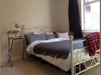 1 double bedroom for rent in Ealing/Acton