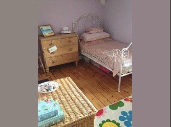 EasyRoommate UK - West End Folkestone beautiful house - Sandgate, Folkestone - £575 pcm