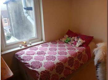 EasyRoommate UK - Single room in friendly house share - Moulsecoomb, Brighton and Hove - £412 pcm