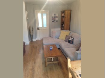 EasyRoommate UK - Double Room for rent - Walking distance to City! - Chapel Fields, Coventry - £380 pcm