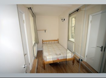 EasyRoommate UK - A room with everything you need and available NOW! - Cricklewood, London - £995 pcm