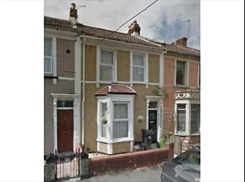 EasyRoommate UK - Friendly room available - St Georges, Bristol - £450 pcm