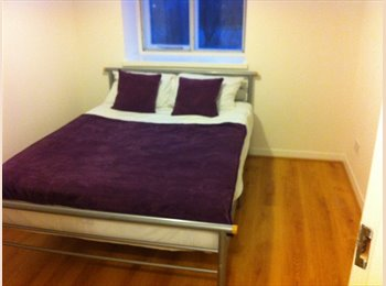 EasyRoommate UK - ALL BILLS & WiFi INCLUDED KINGS CROSS Double Room - Islington, London - £889 pcm