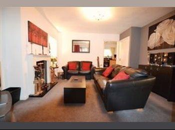 EasyRoommate UK - Large Double Room - Beautiful House, FEMALES ONLY - Erdington, Birmingham - £375 pcm