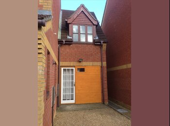 EasyRoommate UK - One bed room studio flat  £475 all inclusive - Norwich, Norwich and South Norfolk - £475 pcm