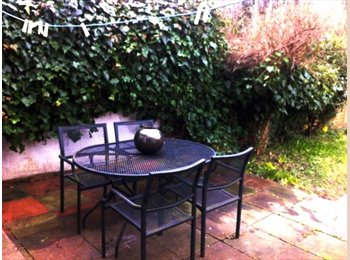 EasyRoommate UK - Double room for single or couple from £135/pw - Finsbury Park, London - £580 pcm