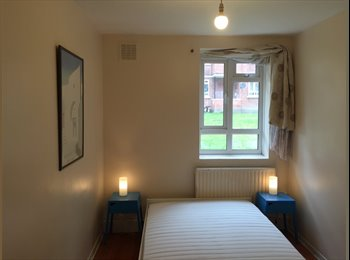 Lovely, spacious double in 2 bed flat - £500 p/m