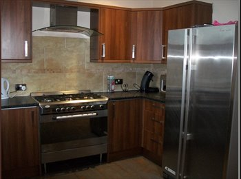 EasyRoommate UK - Modern Well Furnished House offering Un-Suite Room - Abbeydale, Sheffield - £360 pcm
