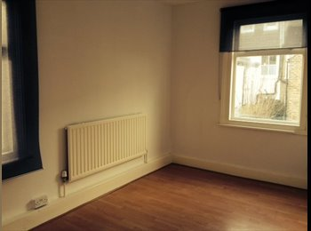 EasyRoommate UK - Furnished Newly Decorated Double Room Incl Bills - Willesden, London - £750 pcm