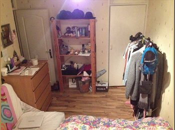 EasyRoommate UK - Large Double room available in Zone 1 - Islington, London - £750 pcm