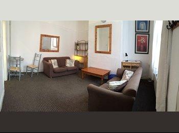EasyRoommate UK - Post grads accommodation - Woodhouse, Leeds - £310 pcm