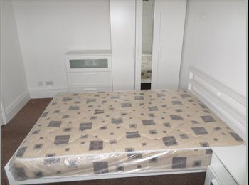 Modernly renovated house. 6 En-suite bedrooms