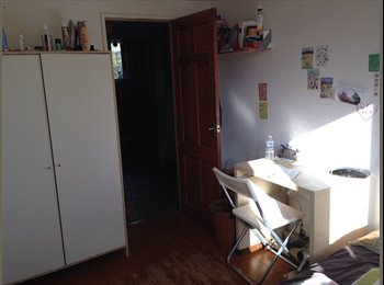 EasyRoommate UK - Double Room - Angel/Old Street - Old St and Clerkenwell, London - £689 pcm