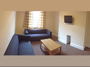EasyRoommate UK - X1 Double Bedroom available to rent in Liverpool - Wavertree, Liverpool - £280 pcm