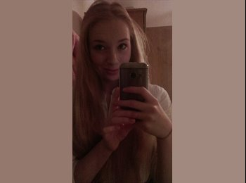 EasyRoommate UK - Emily - 18 - Bath and NE Somerset