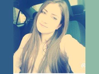 Amina - 23 - Student