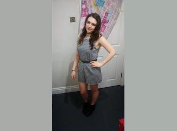 Rachel - 22 - Student