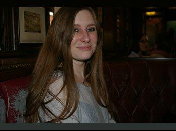 EasyRoommate UK - Suzanne - 28 - London