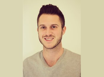 EasyRoommate UK - Quentin - 25 - Brighton and Hove