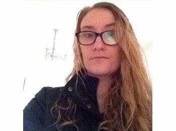 EasyRoommate UK - Laura - 25 - Reading