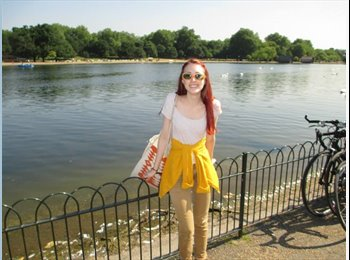EasyRoommate UK - Claire - 22 - London